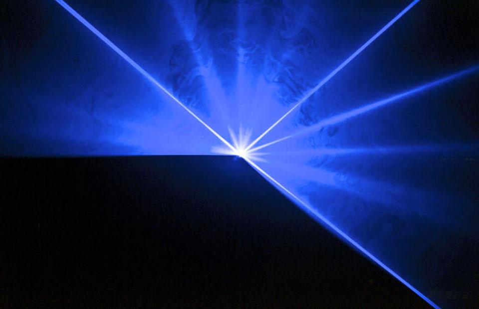 partyfield-verhuur-aanbod-speciale_effecten-Laser_Laserworld_ES600B-2
